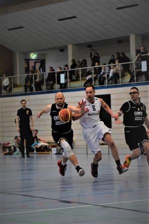 Haff-Basketballer halten über weite Strecken richtig gut mit