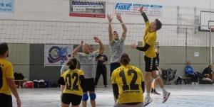Strasburger Volleyball-Sechser wird nach zwei Siegen Zweiter