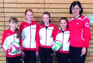 Junge Volleyballerinnen beim Berlin-Cup